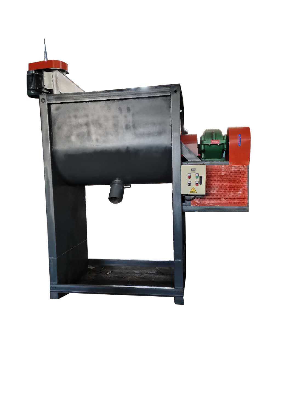 500公斤卧式搅拌机带上料机